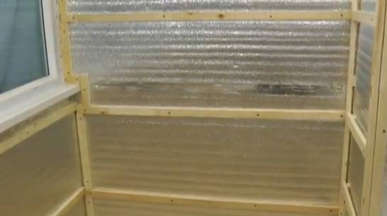 Как сделать обрешетку на балкон под панели.