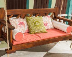 Правила выбора дивана для лоджии и балкона