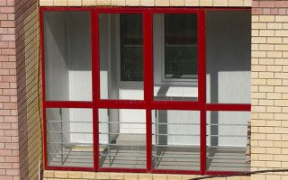 Выполнение витражного остекления балкона