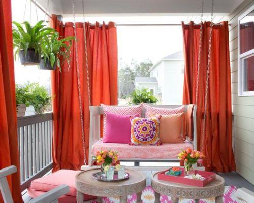 Шторы на балкон: творческий выбор или тонкости декорирования?