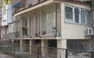 Как выбрать решетки на лоджию или балкон?