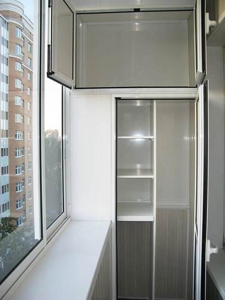 Встроенный шкаф однодверный с антресолью