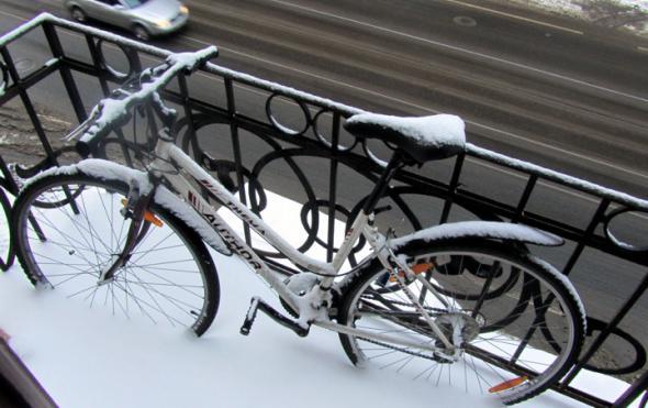 Можно ли хранить велосипеды на балконе зимой