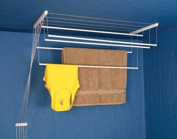 Установка сушилки для белья на балконе и вариант использования