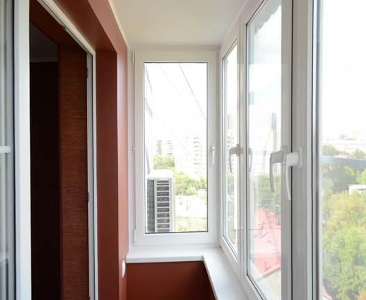 Рамы из ПВХ профиля на балконе
