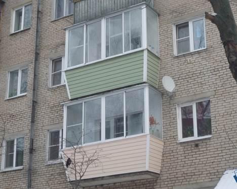 Вариант остекления балкона в хрущевке