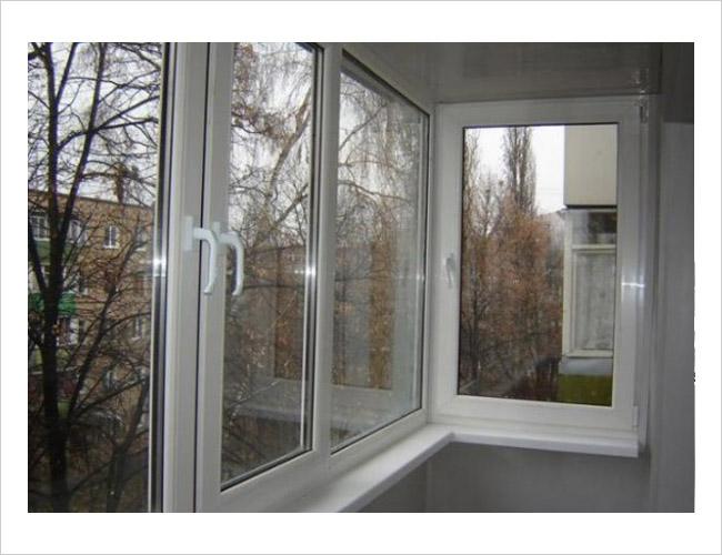 Вариант теплого остекления балкона в хрущевке