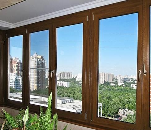 Деревянные окна для балкона
