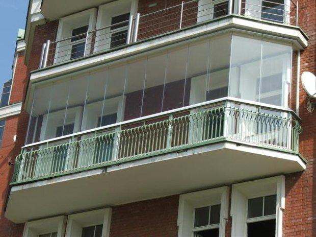 Максимальная нагрузка на балкон составляет 200 кг/м2
