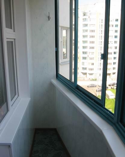 Остекление балкона дома серии П44т, используя алюминиевые окна