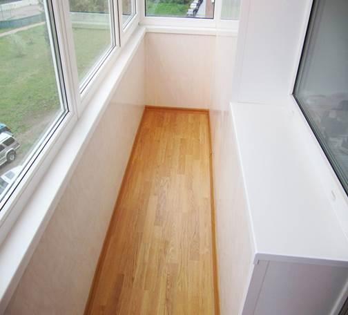 Утепление пола балкона создает комфортные условия