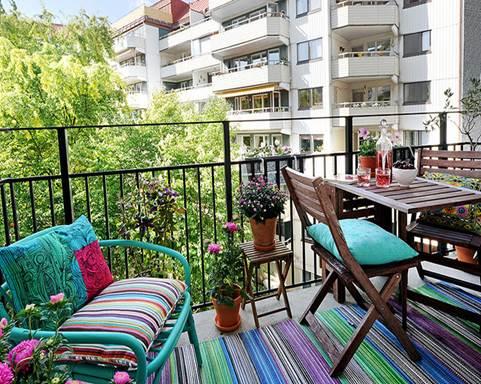 Дизайн балкона открытого типа
