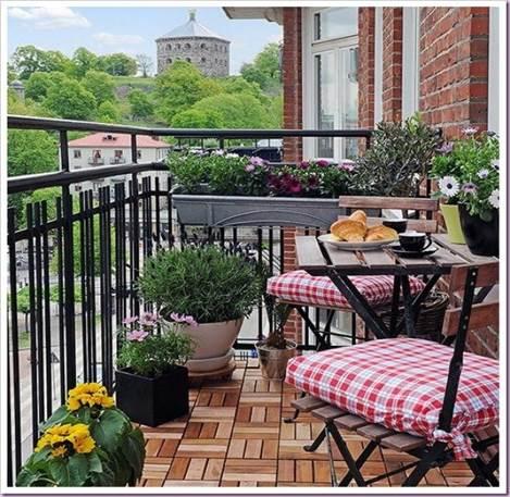 Обустройство открытого балкона
