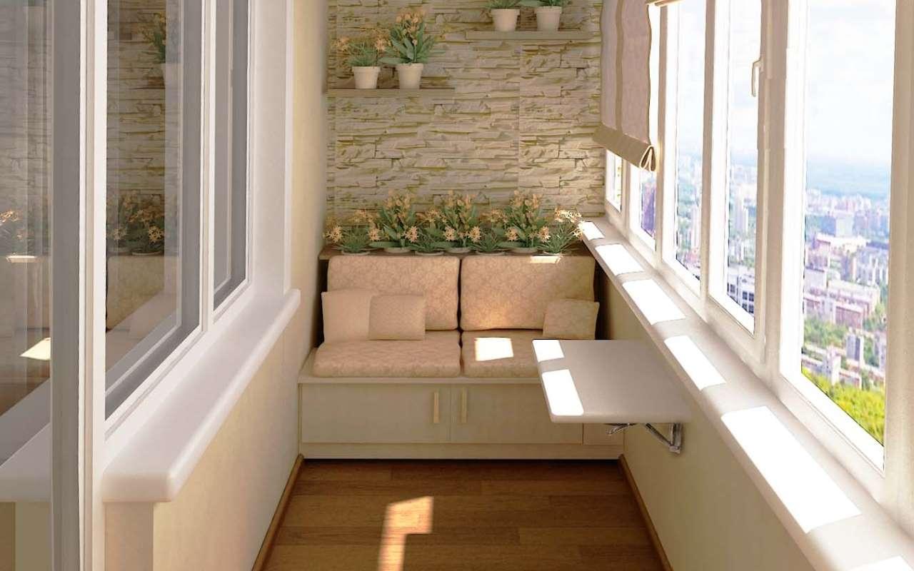 Кухня 10 кв. м. дополнена балконом с диваном и подушками
