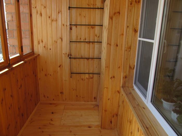 Пример бани на балконе в проекте хрущевки