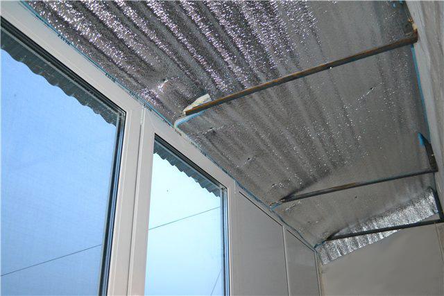 Шумоизоляция железной крыши балкона: звукоизоляция и как сде.