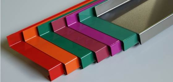 Алюминиевый отлив для балконов