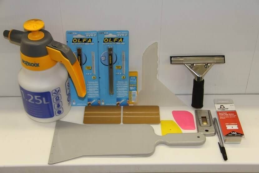 инструменты для тонировки стекол